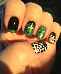 25 bone chilling examples of halloween nail art