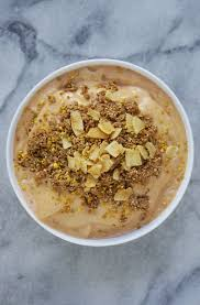 carrot cake smoothie bowl vegan u0026 gluten free