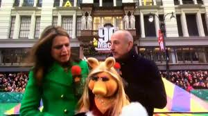 2016 macy s thanksgiving day parade opening with the muppets