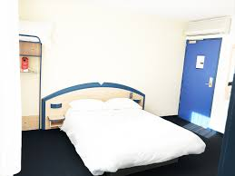 les chambres d bordeaux hôtel avec chambre pas chère bordeaux 33 hotel atena
