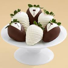 where to buy chocolate strawberries dipped strawberries delivered from 24 99 shari s berries