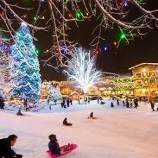 leavenworth christmas tree lighting getaway in seattle wa dec