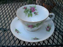 vintage china with pink roses vintagecountrycottage vintage country cottage pink roses teacup