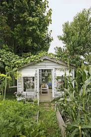 idee de jardin moderne aménagement jardin shabby chic en 46 idées pour le printemps