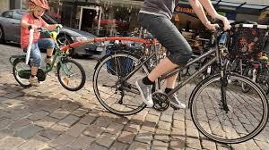 siege velo a partir de quel age guide d achat d une girafe pour le vélo consommation mieux