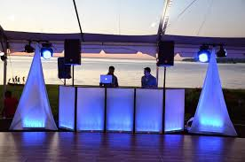 universal light and sound dj facade with led lighting effects and speaker stand scrim