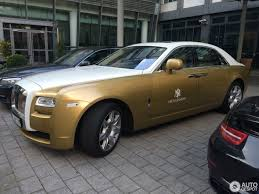 rolls royce ghost gold rolls royce ghost 2 april 2017 autogespot