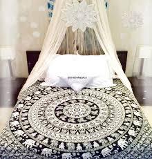 Hippie Bohemian Bedroom Bohemian Room Decor Hippie Bohemian Bedroom Ideas Shrimandala Com