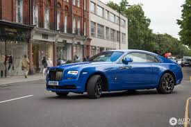 rolls royce wraith blue rolls royce wraith black badge 17 august 2017 autogespot
