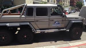 jurassic world jeep jurassic world jeep spotted at sdcc 2014 jpegy what the internet