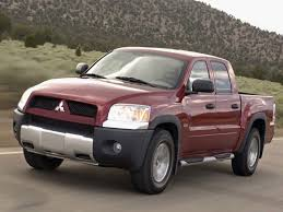 mitsubishi pickup trucks mitsubishi raider to return