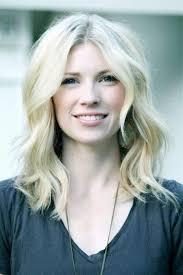 how to get soft curls in medium length hair platinum blonde medium length hairstyles 9589 loose curls