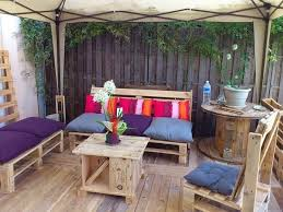 Pallet Sofa Cushions by Wooden Cable Spool Table 40 Upcycled Furniture Ideas