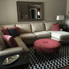 Gold Sofa Living Room Gold Sofa Fighting With Beige Wall What New Color To Paint Walls