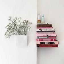 Wall Bookshelves Ideas by Top 25 Best Invisible Bookshelf Ideas On Pinterest Shelves How