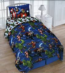 amazon com marvel avengers twin 4 piece bedding set with tote