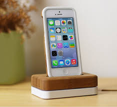 Build A Charging Station 15 Stylish Iphone 5 5s Docks That Make Charging Easier Hongkiat