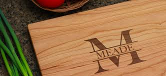 engraved cutting boards personalized cutting boards and accessories bloxstyle