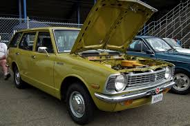 classic corolla file 1973 toyota corolla ke26 station wagon 6109423206 jpg
