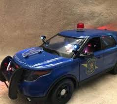 toy police cars with working lights and sirens for sale 1 18 police lights compare prices on dealsan com