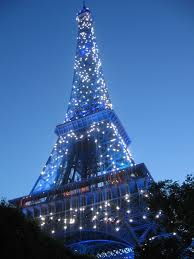 eiffel tower light show my must see s for paris the city of lights eiffel tower lights