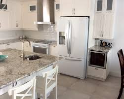 comptoir de cuisine blanc comptoir de cuisine en granit blanc de granit rb design granit rb