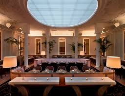 la villa restaurant cocktails and piano bar in paris france
