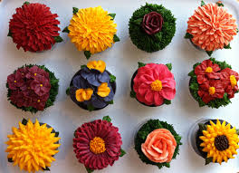 introducing cake designer maha muhammed of arty cakes flowerona