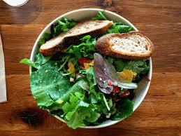 alimenti per combattere la stitichezza cibi lassativi contro la stitichezza mangiare bene per sentirsi bene