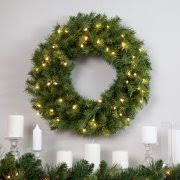 battery lighted wreaths