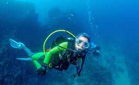 jeep snorkel underwater scuba diving at grande island in goa thrillophilia