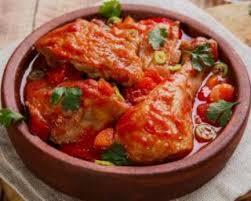 cuisiner cuisse de poulet recette de cuisses de poulet à la sauce tomate aux poivrons légère