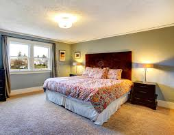 schlafzimmer teppichboden hellblaues versorgtes schlafzimmer mit teppichboden stockbild