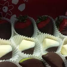 edible birthday gifts edible arrangements 18 photos gift shops 12239 n community
