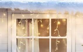 Christmas Decorations To Hang In Window by How To Decorate A Christmas Tree In 10 Easy Steps