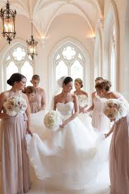 robe de mari e chagne quelle robe de mariée vous convient le mieux selon votre corps