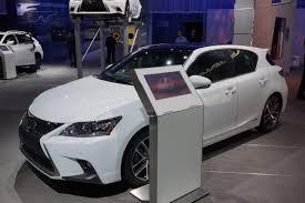 lexus hybrid ct200h 2013 lexus unveils facelifted 2014 ct 200h compact luxury hybrid