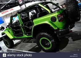 jeep wrangler army green wrangler jeep stock photos u0026 wrangler jeep stock images page 6