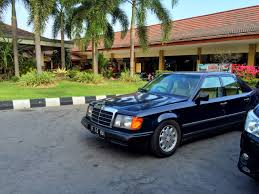 w124 stance mercedes benz club indonesia boxer garage