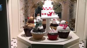 christmas cupcake lt u0027s holiday decorations manhattan nyc 21 11