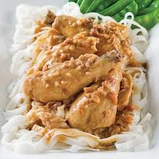 cuisine et poulet à la thaï sauce aux arachides recettes cuisine et