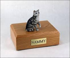 cat urn figurine cat urns by everlife memorials