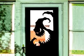 door decorations 8 spooky and definitely easy diy door decorating ideas