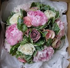 wedding flowers july wedding flowers s vintage wedding flowers princess caroline