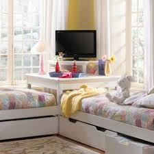 I Love The Colors And The Way The Beds Are Made But I Would Want - Boys shared bedroom ideas