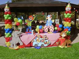 clown rentals for birthday i the clown balloons on this carnival birthday party ideas