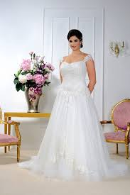 Wedding Dress For Curvy Plus Size Wedding Dresses Sizes 16 To 36 Or Made To Measure