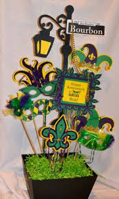 mardi gras masquerade centerpiece think ill try with the mask i