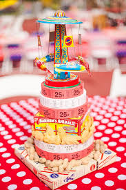 carnival party supplies adorable centerpiece idea at a carnival party via www