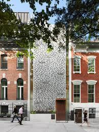 new york house urban townhouse gluck archdaily